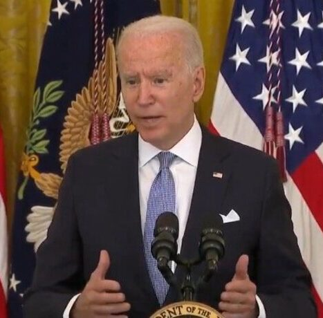 """Biden on Vaccine Mandates: """"It's Still a Question Whether the Federal Government Can Mandate the Whole Country… I Don't Know That Yet"""""""