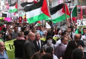Israeli And Palestinian Protestors Clash In New York City